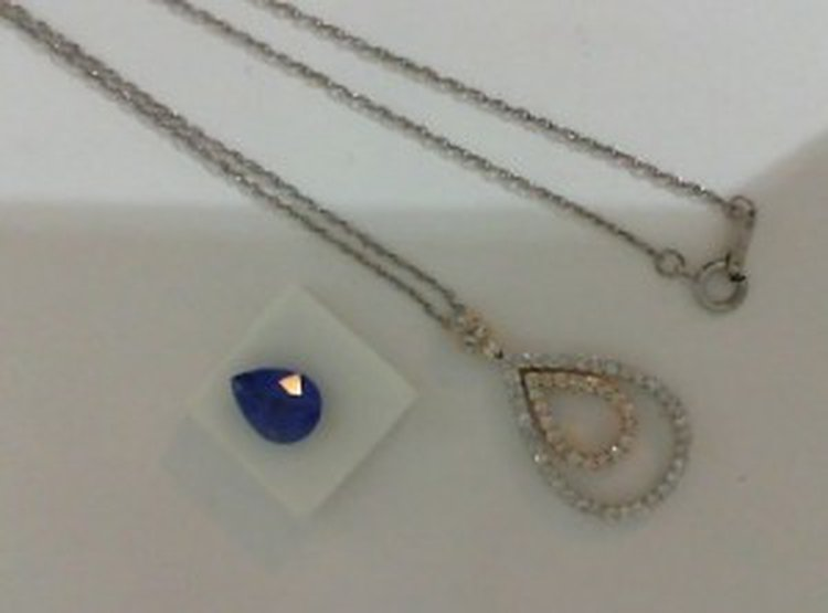 Story on a Tanzanite Pendant